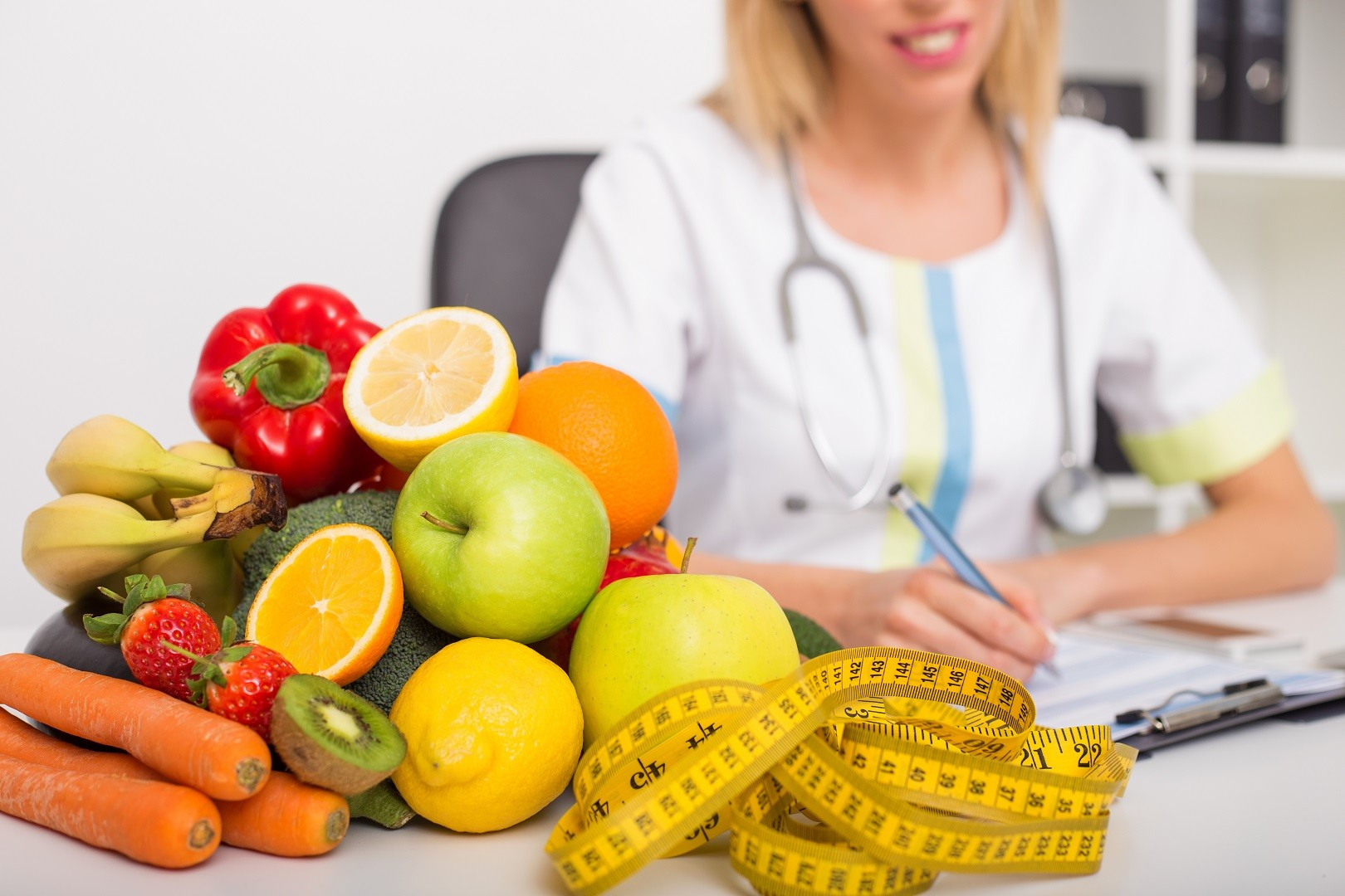 Why Visit a Nutritionist?