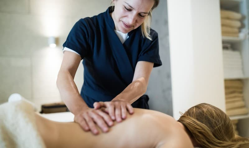 How to Choose a Massage Course