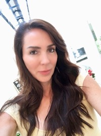 Simone Bourgeois therapist on Natural Therapy Pages