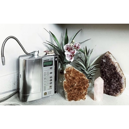 Health Voltage therapist on Natural Therapy Pages