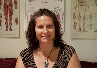 Liz Thomas therapist on Natural Therapy Pages