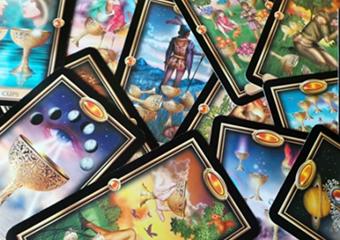 Marie Diane - Intuitive Tarot Card Reader
