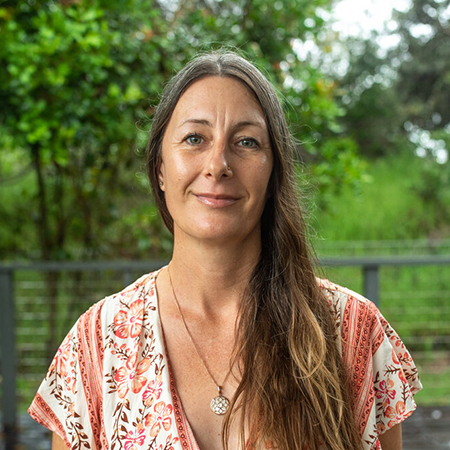 Julie Caracatsanoudis - Byron therapist on Natural Therapy Pages