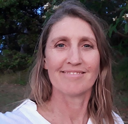 Dianne Ellis therapist on Natural Therapy Pages