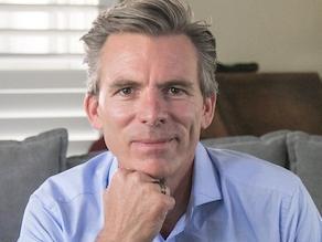 Ken R Macleod