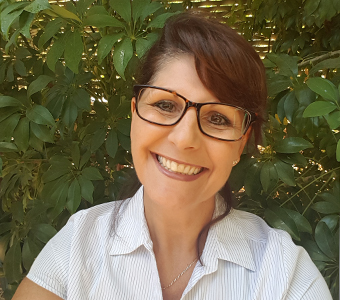Julie Varnhagen therapist on Natural Therapy Pages