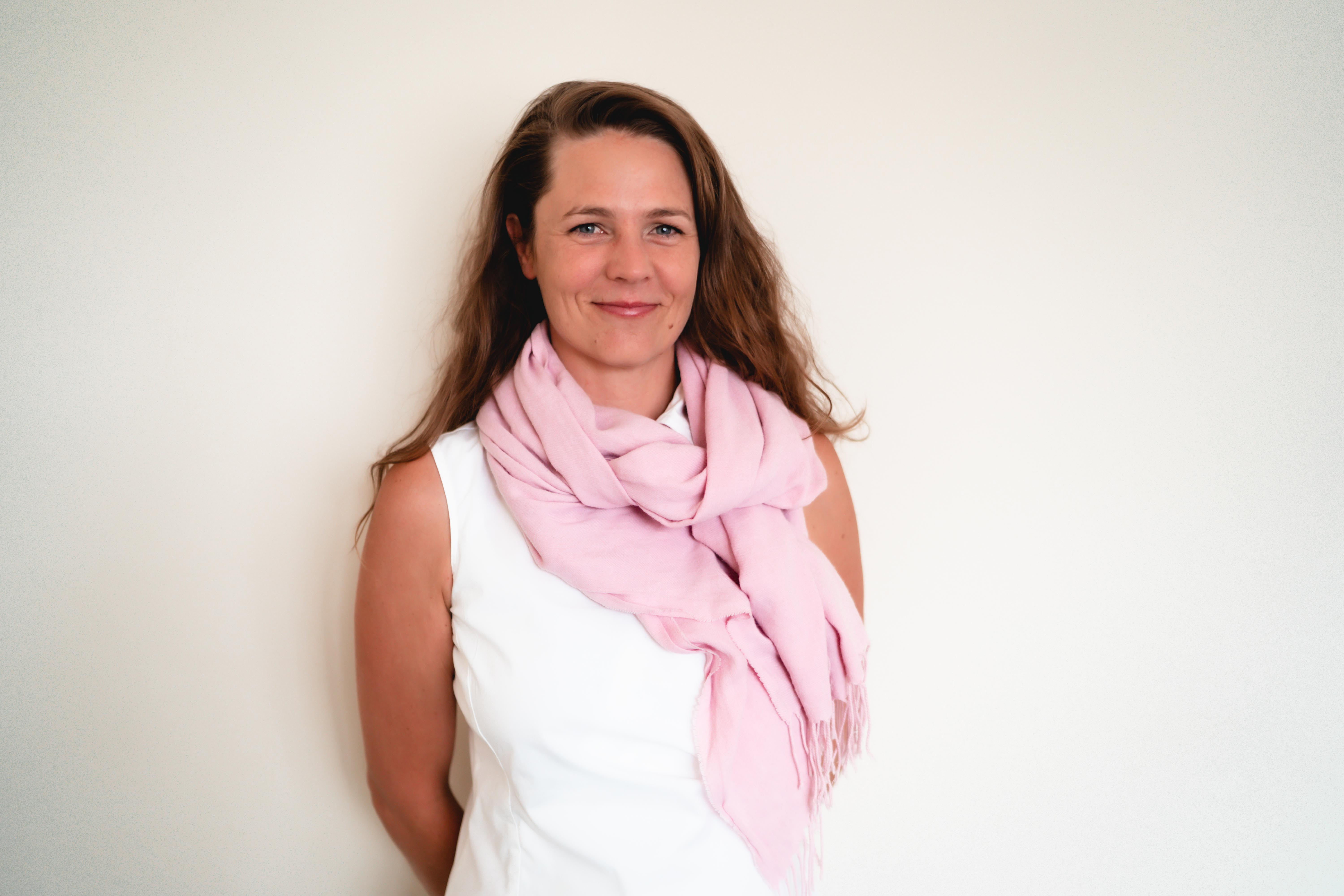 Amnys Darbyshire therapist on Natural Therapy Pages
