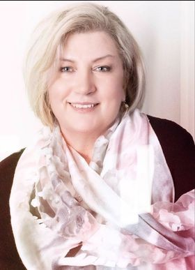 Leanne McPherson therapist on Natural Therapy Pages