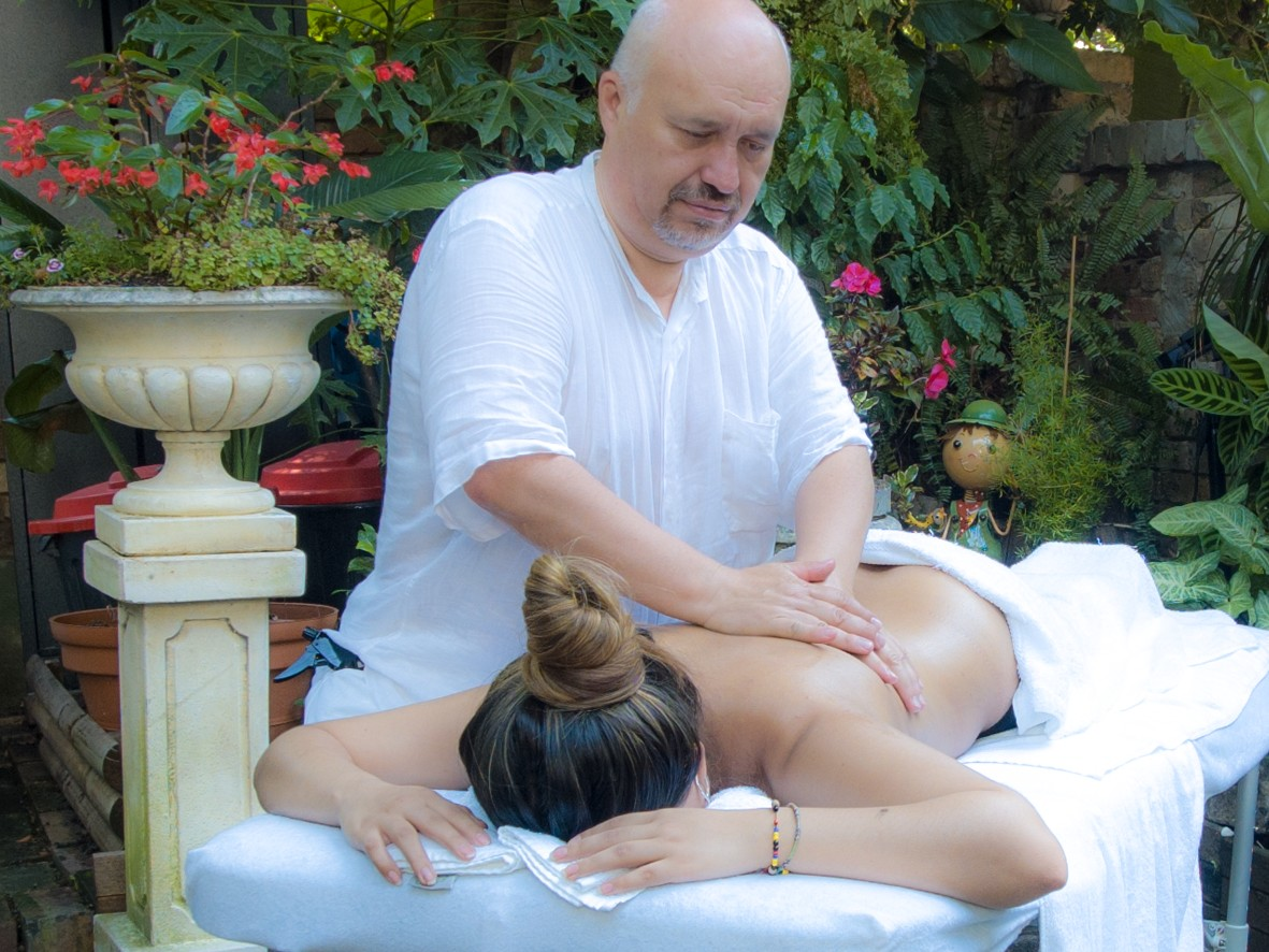 Ivan Pizarro therapist on Natural Therapy Pages