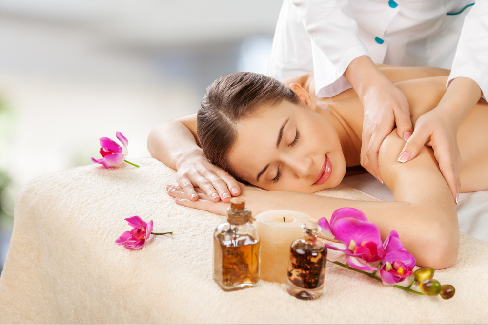 What to expect from an aromatherapy massage