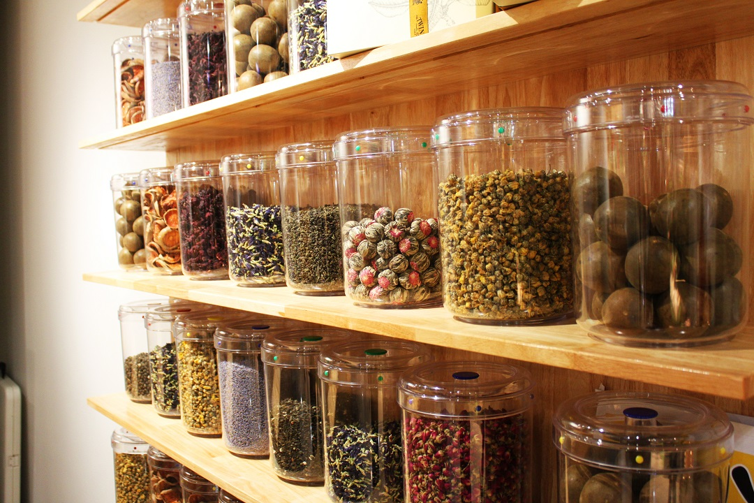 What to look for in an herbalist?