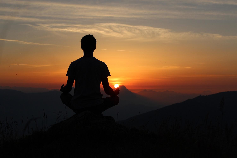 What is Hatha Yoga & the Health Benefits of Hatha Yoga?