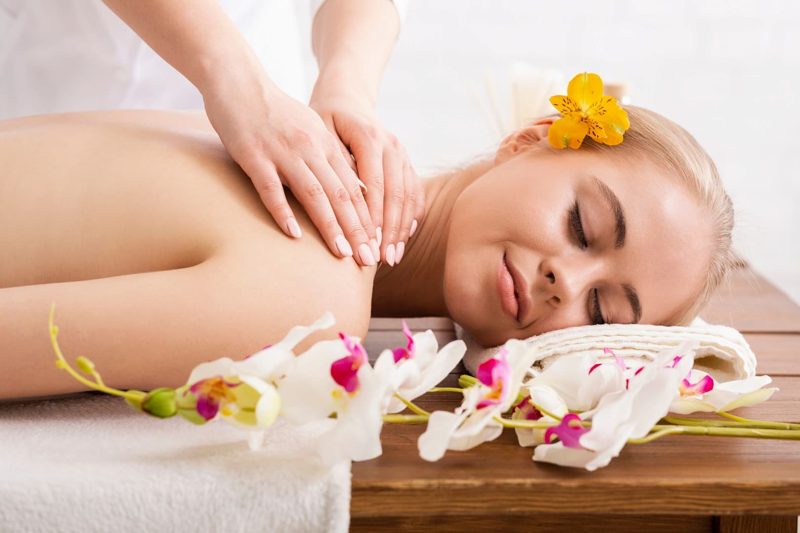 Hawaiian Massage Courses in Australia
