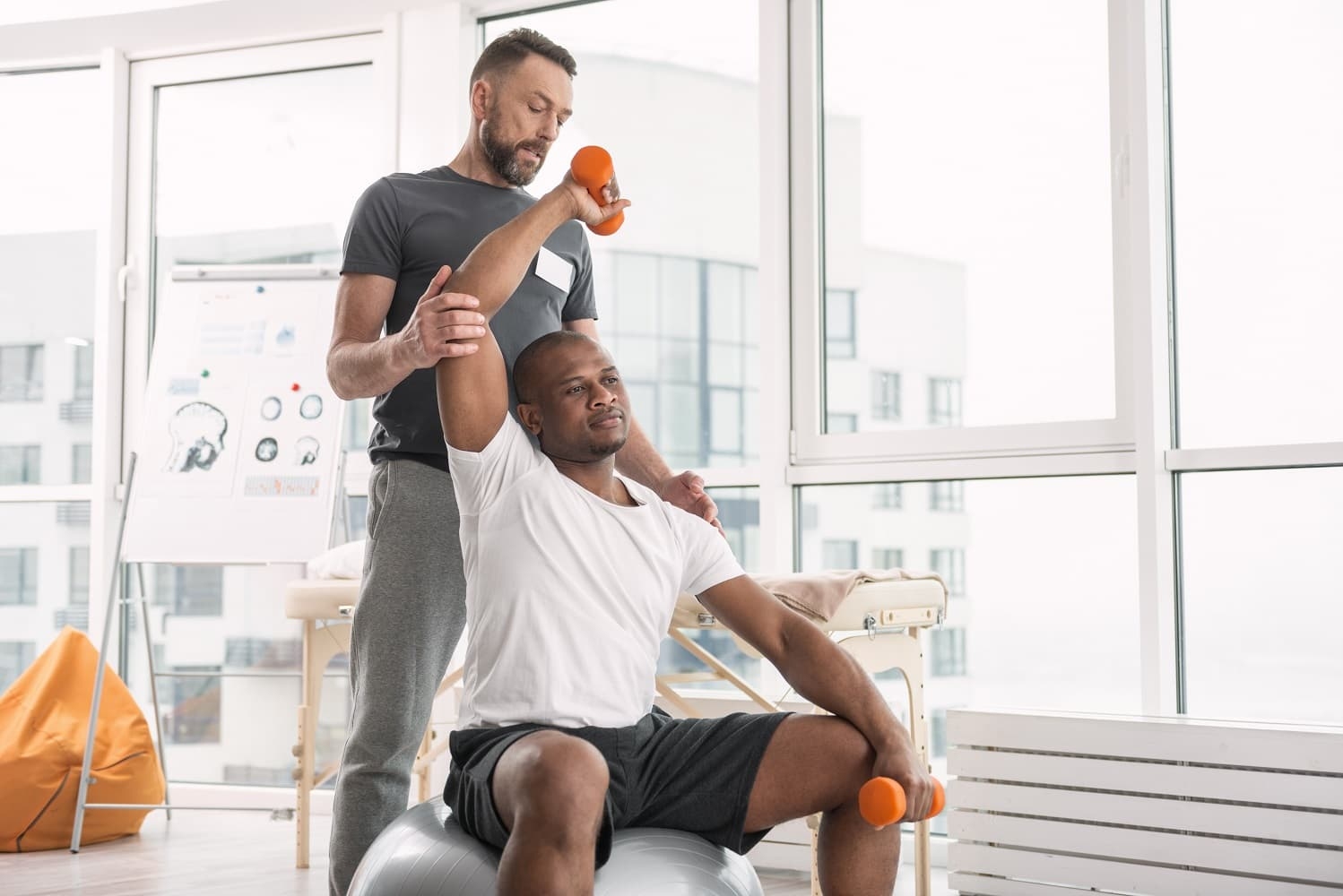 What is sports injury therapy?
